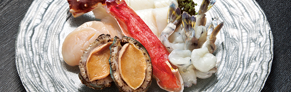 ASSORTMENT OF SEAFOODS