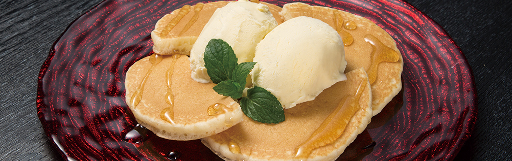 TORAJI STYLE PANCAKE WITH VANILLA ICE CREAM
